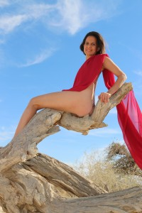2-kamala-devi-red-scarf-israel